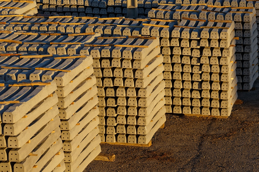 تولید 2 میلیون عدد انواع تراورس بتنی B70